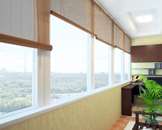 Монтаж жалюзи на балкон