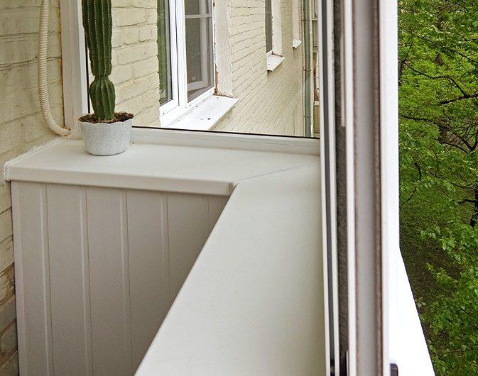Монтаж подоконника на балконе или лоджии